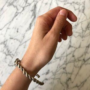🔥 Vintage Silver Tone Knot Bangle